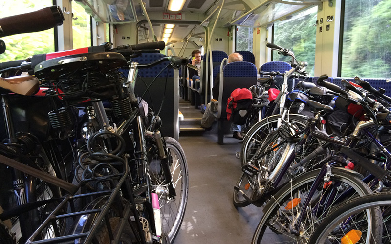 Cómo llevar tu bicicleta en tranporte público por España