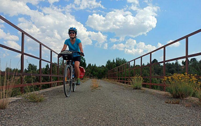 Guia: La Vía Verde de los Ojos Negros en bicicleta