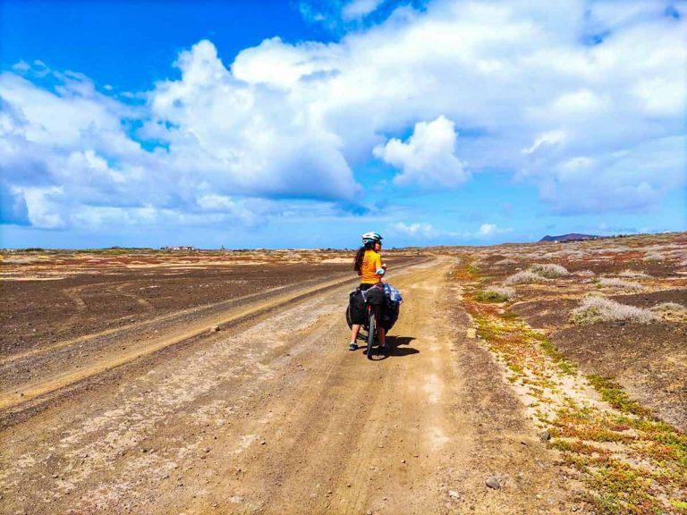 Viajando por Lanzarote en bicicleta, el primer día de un viaje inolvidable (parte 1)