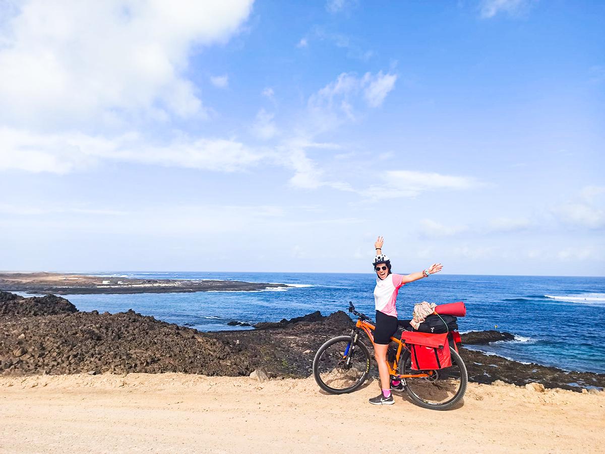 Lee más sobre el artículo Viaje organizado en bicicleta con alforjas para mujeres