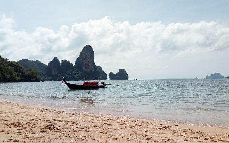 Una playa lejana, en Tailandia.