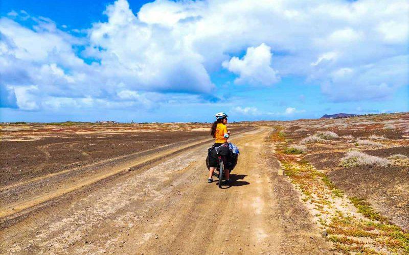 Viaje en bicicleta por Lanzarote.