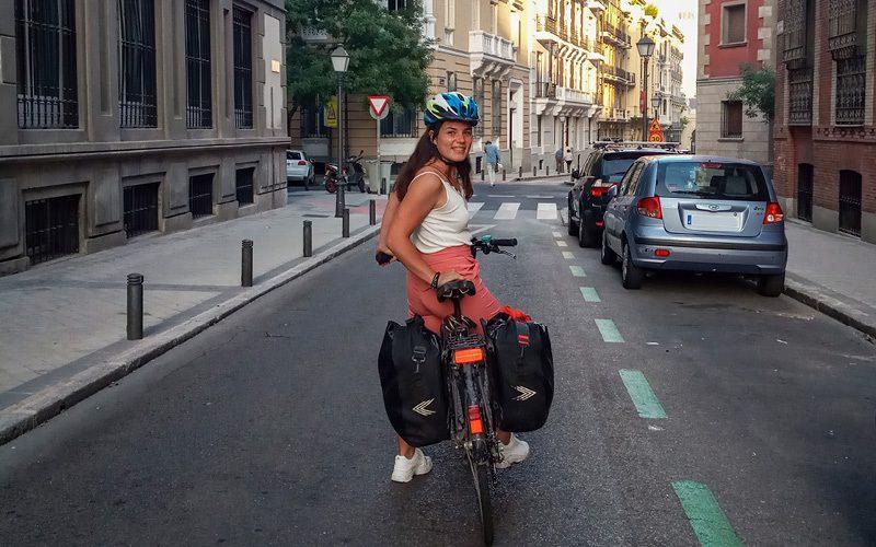 En bicicleta por las calles de Madrid